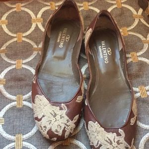 Valentino brown and lace look flats